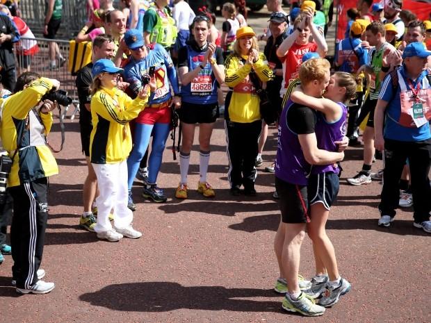 marriage proposals london marathon