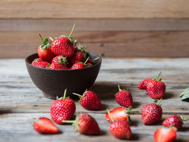 why runners need to eat more strawberries
