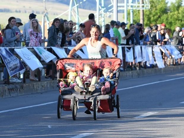 mum of three sets new half marathon record
