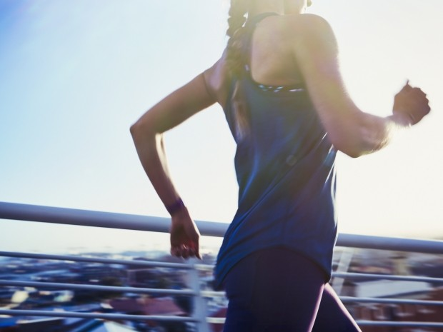 stress fracture warning signs all women should know about
