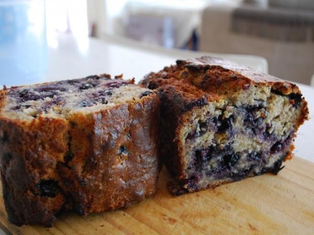 gluten free blueberry and banana bread