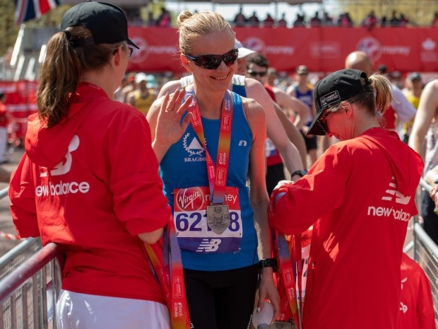 how to become a London Marathon volunteer