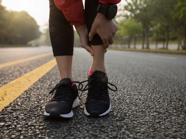 Running Injuries When To Run And When To Stop Runner S World