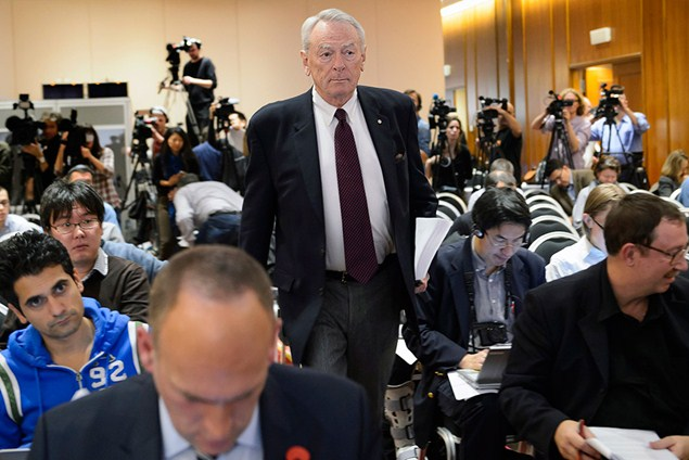 WADA president Richard Pound arrives for the presentation of independent commission findings. (Getty Images)