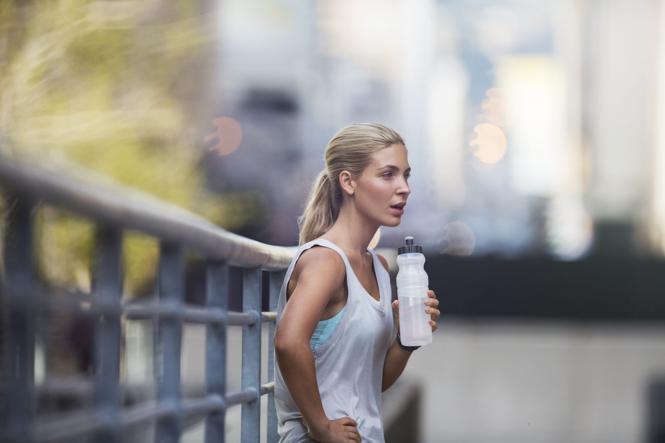 9 Dehydration Symptoms That Arent Thirst