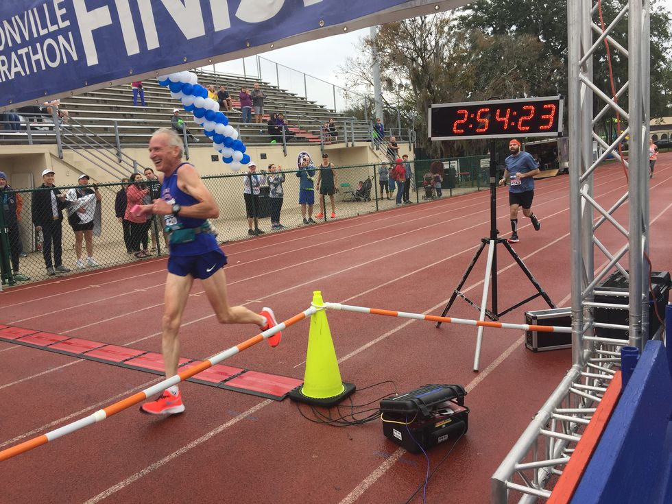 This 70-year-old just set a new world age group record for the marathon - Runner's World